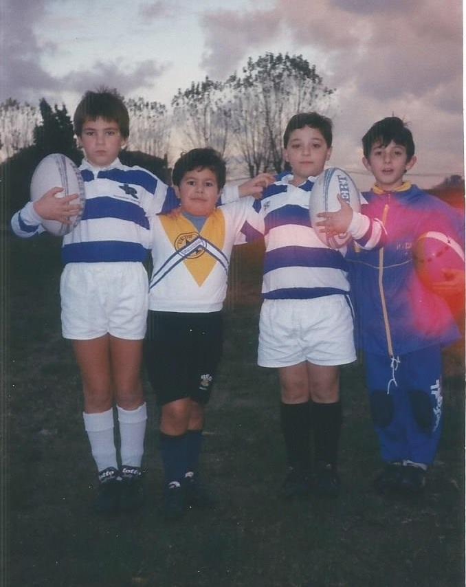 Foto-Under-8-S.A.-1995-1996-Andrea-Montini (7 anni) tra-Marco-Sturlese-e-Michele-Romano